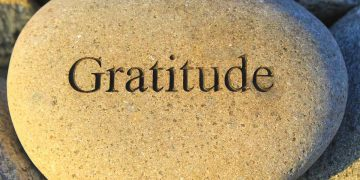 Easy Tips For Practicing Gratitude In Our Lives
